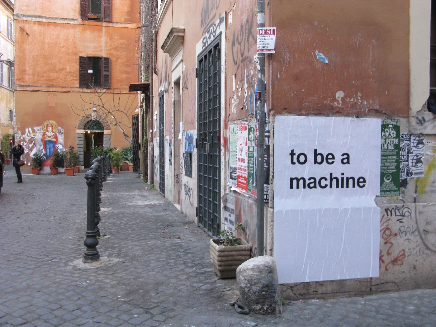 To be a machine [12220]